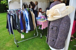 053 clothes stall
